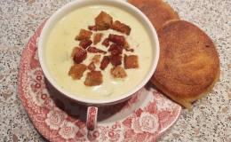 Käse-Lauch Suppe mal völliganders
