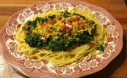 Spaghetti con Spinacci eProsciutto
